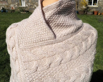 Vintage Oatmeal Merino Wool Cable Knit Poncho      Inis Crafts     Made in Ireland    Size S