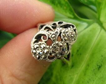 Sterling Silver Marcasite Set Floral Ring