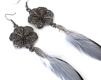 Earrings feather Kachina - Feather - feathers natural white and Black Ethnic