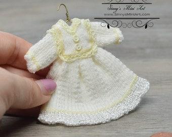 1:12 Hand Made Dollhouse Miniature Doll Dress 8~/ Miniature Clothes
