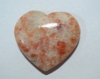 26mm Natural Sunstone Gemstone PUFFY HEART Chakra pocket stone Healing crystals metaphysical magic spiritual witchcraft Reiki worry pendant