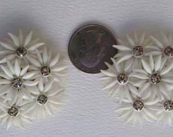 Vintage mid century featherlight clip on earrings