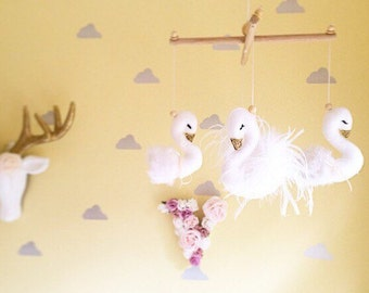 Baby mobile- swan nursery mobile- cot mobile- nursery mobile- swan nursery mobile- baby girl swan nursery mobile- swan mobile- swan decor