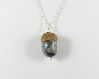 Acorn necklace-silver