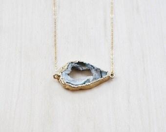 Agate Druzy Slice Necklace, Boho Necklace, Layering necklace, Crystal Necklace, Gemstone Necklace