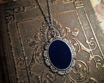 SALE! Blue velvet necklace // gothic necklace // vintage necklace // Victorian necklace // gothic necklace // medieval necklace