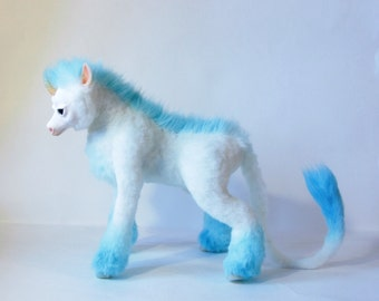 Fantasy Creature Toys Unicorn Mystic Lovely Stuffed Animal Nice Kawai Cunning Hugging Home Decor Collectible