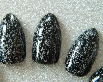 Black Fuzzy false Nails