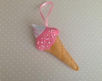 Felt ice cream cone, felt ornament, ice cream cone, Play food set, Ice creat party favor, Birthday party, Summer ice cream, Felt food