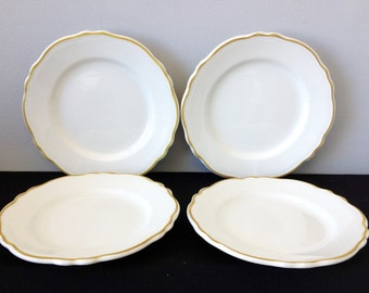 Set of 4 Homer Laughlin Restaurant ware Scallop Lunch Plates with Mustard Trim