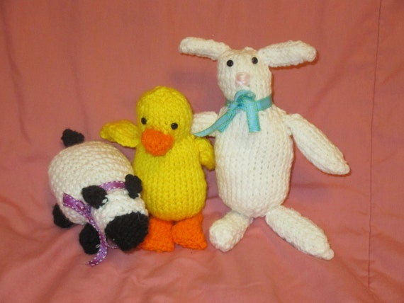 Beginner Knitting Patterns Stuffed Animals : Knitted Spring Stuffed Animals