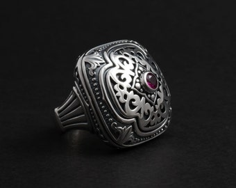 Ladies Ring Silver  with gold red zircon