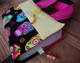 Fabric book cover with handles, upcycle fabric, book cover, handles, gift idea, skull