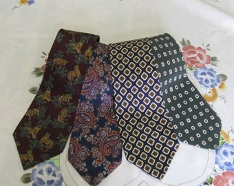 Lot of 4 vintage neckties 100% silk Made in Italy