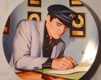 """Elvis Presley 'Looking at a Legend' """"Closing the Deal"""" Collector's Plate - NIB"""