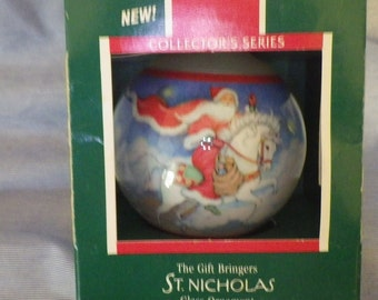 Hallmark Keepsake Collectors Series Ornament The Gift Bringer St. Nicholas 1989