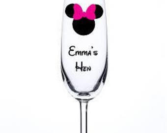 Personalised Minnie Mouse Champagne Glass, Hen Party, Wedding Glass, Bridal Party Bridesmaid, Maid Of Honour Etc Thank You Gifts Glitter