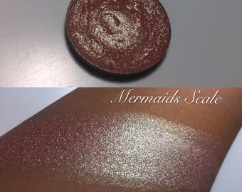 Mermaids scale single pan eyeshadow/highlighter