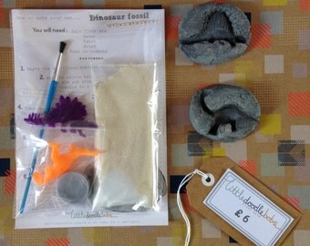 Dinosaur fossil craft kit