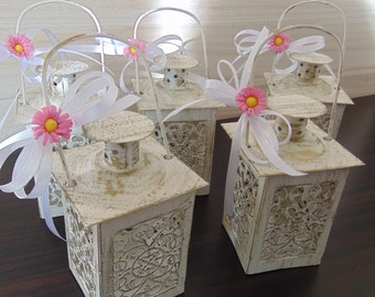 Set of 6 Mini Daisy Lanterns,Wedding Candle Holders,Spring Wedding Decor,White Mini Lanterns,Rustic Lantern,Home Decor,Mini Candle lanterns