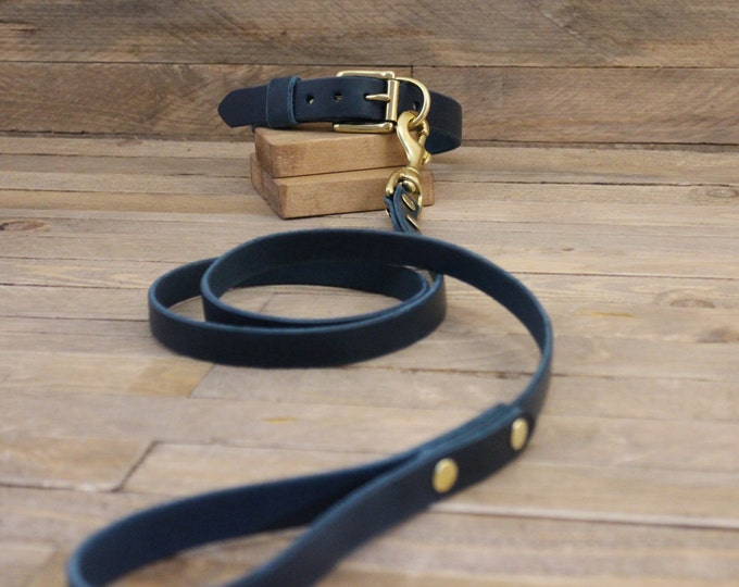 Leather leash, Dog leash, Leather dog leash, Pet gift, Classic leather leash, Leather lead, Lead, Solid brass hardware, Leash, Blue leash