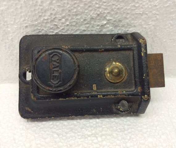 Vintage Yale Deadbolt Lock Dead Bolt Door Spring Lock Architectural Salvage #334