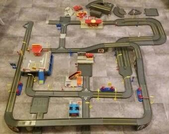 Matchbox Motor City Huge Lot Track Set Retro Toys
