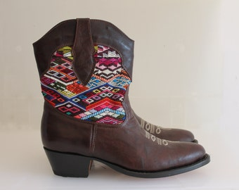 Guatemalan Boots, Guatemalan Shoes, Cowboy Boots, Cowgirl Boots, Textile Boots, Dress Boots, Handmade Boots, Handmade Shoes (SIZE 39/ EURO)