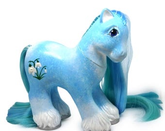 Snowdrop, Customized My Little Pony