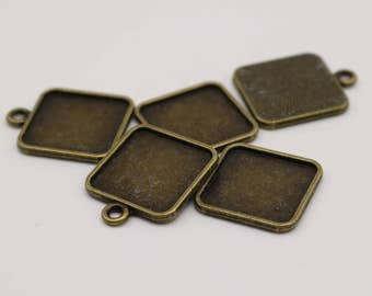 50 Pcs of SQUARE Antique Brass Bezel - for 15mmX15mm GLASS Magnifying Domes Cabochon - Pendant Blank Bezel . for Cabochon, Photo Jewelry