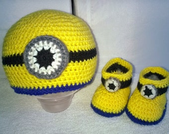 HAT AND BOOTIES MINION'S