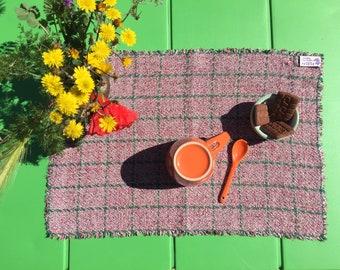 Linen place mats