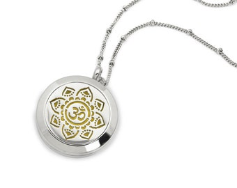Silver Aum/Om Aromatherapy / Essential Oils Diffuser Necklace, Bag, 9 Diffuser