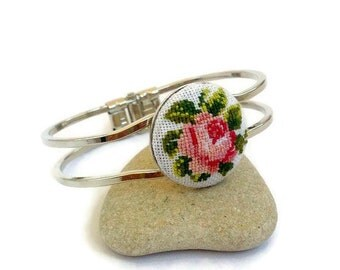 Jewelry Gift|for|her Flower jewelry for Bridesmaid gift|for|mom Embroidered bracelet Pink Rose jewelry Embroidery jewelry Flower bracelet