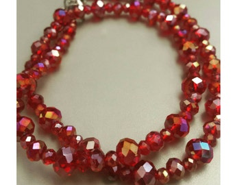 Sparkly red beaded necklace, red beaded necklace, red beads, sparkles, shiney red necklace