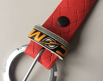 Red Tire/tyre Belt with a round Buckle