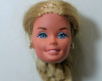 Barbie Head from 1976-Head only-Mattel Barbie doll head with earrings-Doll parts-Vintage doll pieces-