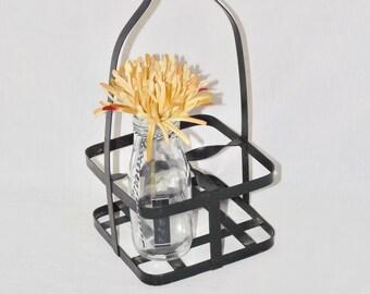 Black iron basket with long handle,vintage metal basket,flower basket,picnic cutlery,flower vase,bath decor,small bottle holder,centerpiece