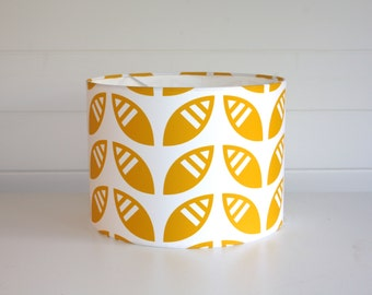 Leafy Lampshade in Honey