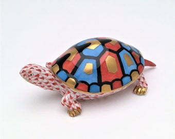 Rare Vintage Herend Hungary Porcelain Turtle, Tortoise Figurine in Rust Fishnet, Style 15302, Hand Painted