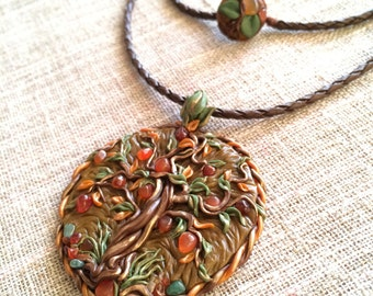 The tree of life agate pendant.