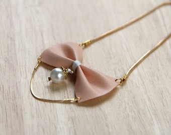 Bowtie necklace pink vintage with Pearl - bow tie - collar loop - bow tie for women