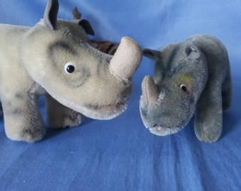 2 x Vintage Steiff Rhino NOSY, 10 and 14  cm, some ID