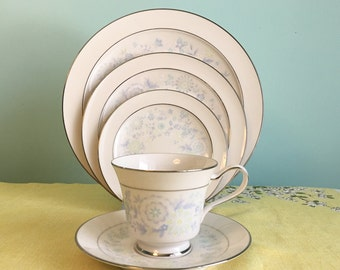"Noritake ""Summer Eve"" 5 Piece Place Setting - 2 Sets"