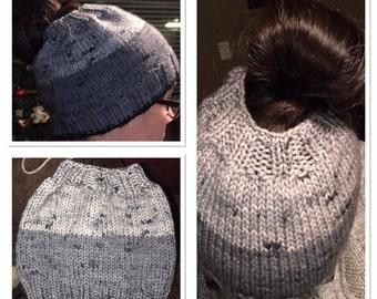 Knit Worsted Ponytail/Messy bun hat pattern