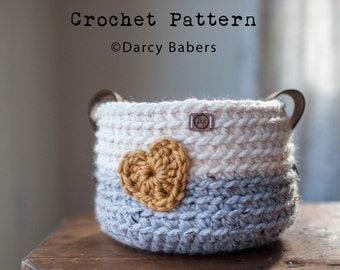 Crochet pattern // Heart Basket with leather handles // Instant download