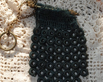 "Beautiful crocheted ""en diable"" purse 1900"