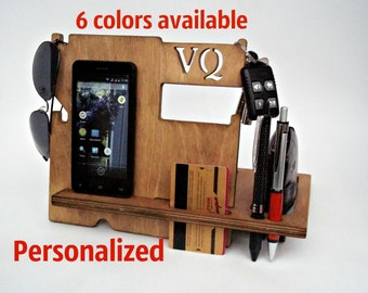 Personalized Gift for Husband for Boyfriend for Him for Father Valentine's Day Gift Mens Dad Gifts Gift Ideas  Wooden Docking Station