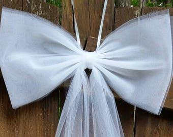 Wedding Pew Bows, White Tulle Pew Bow, Aisle Decor, Bridal Shower Decor, Tulle Wedding Decor, Chair Bows Ivory Pew Bow