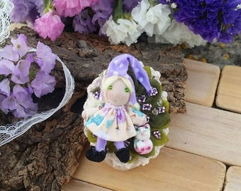Brooch fairy of friendship with a little farbric cat, friendship fairy brooch, friendship gnome, miniature fabric cat brooch, fairy with cat